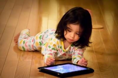 10 Причин, Почему Вы Не Должны Давать Ребенку Смартфон Или Планшет